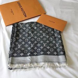 LOUIS VUITTON Monogram Shawl Black Grey Silk Wool